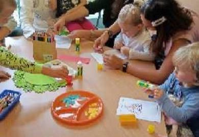 Obrazek galerii Elfy świętują Dzień Przedszkolaka z Rodzicami