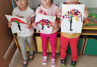 Obrazek galerii Kolorowe parasolki Smerfów
