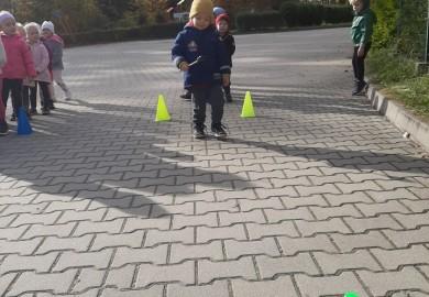 Obrazek galerii Jesienno-zimowe zawody sportowe w Elfach