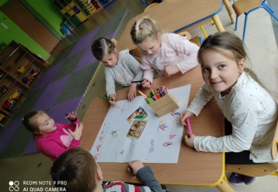 Obrazek galerii Dzień Praw Dziecka w Smerfach