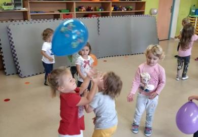 Obrazek galerii Elfy - obchody Ogólnopolskiego Dnia Przedszkolaka