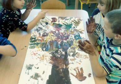 Obrazek galerii Dzień drzewa w Chochlikach