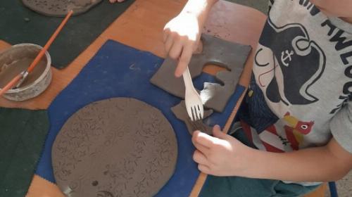 Obrazek galerii Warsztaty ceramiczne Gumisi